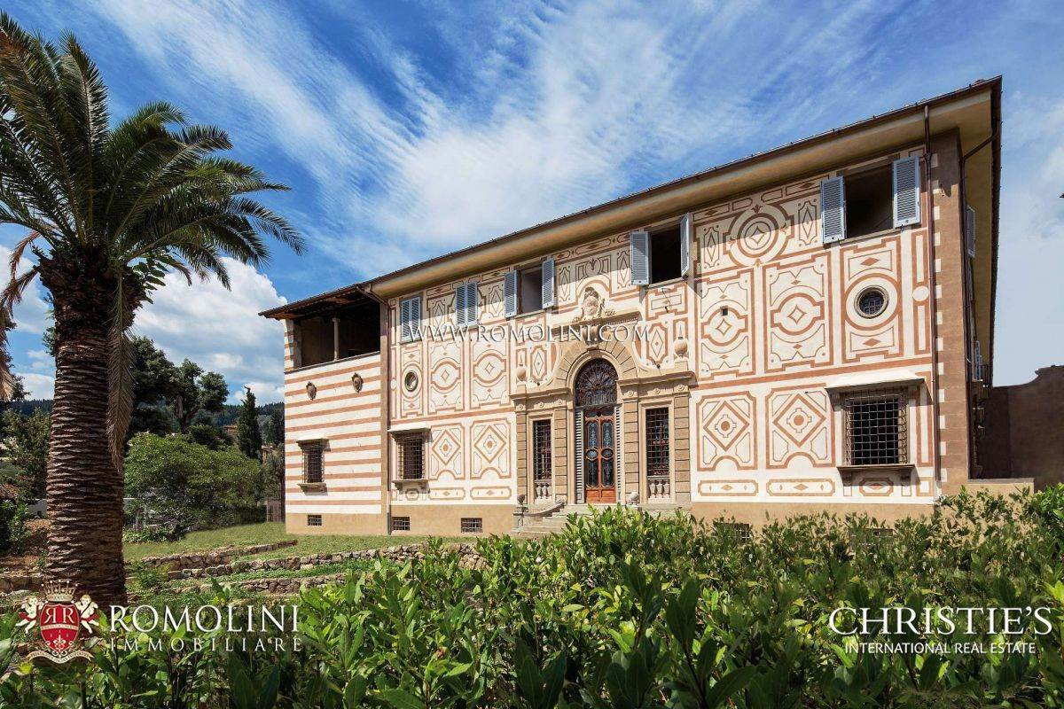 Residence/Apartment for Sale at Florence - LUXURY APARTMENTS IN HISTORIC VILLA FOR SALE Firenze, Italy