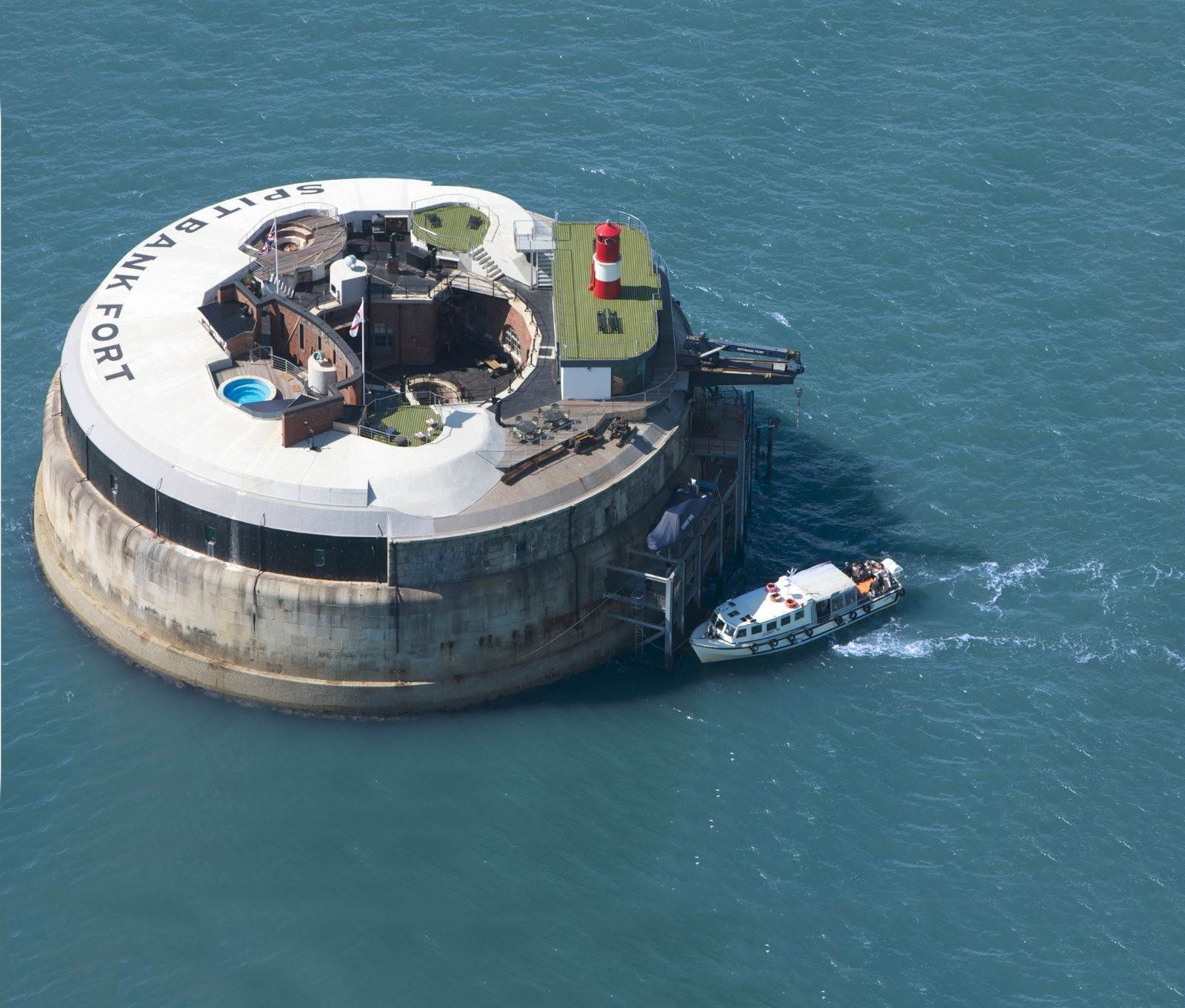 Single Family Home for Sale at Spitbank Fort England
