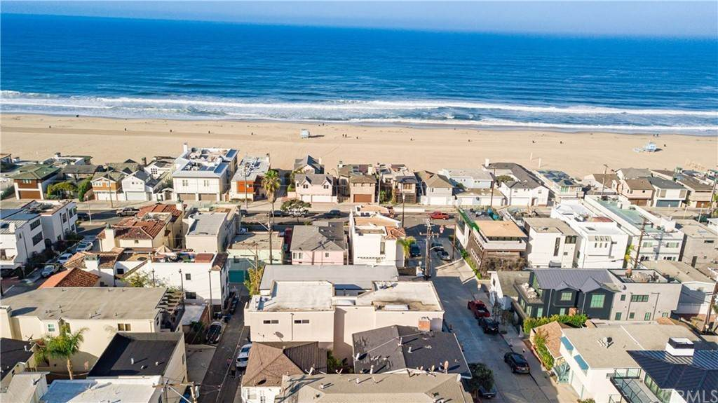 2. Residential Income for Sale at 138 30th Street Hermosa Beach, California,90254 United States
