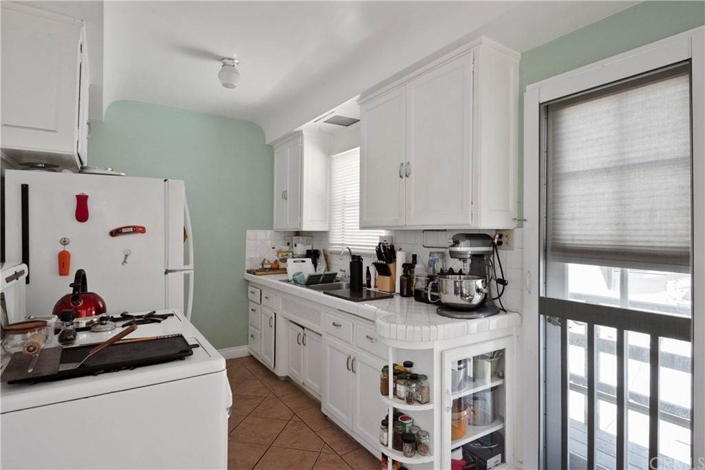22. Residential Income for Sale at 138 30th Street Hermosa Beach, California,90254 United States