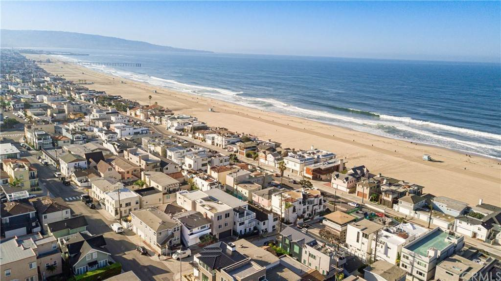 26. Residential Income for Sale at 138 30th Street Hermosa Beach, California,90254 United States