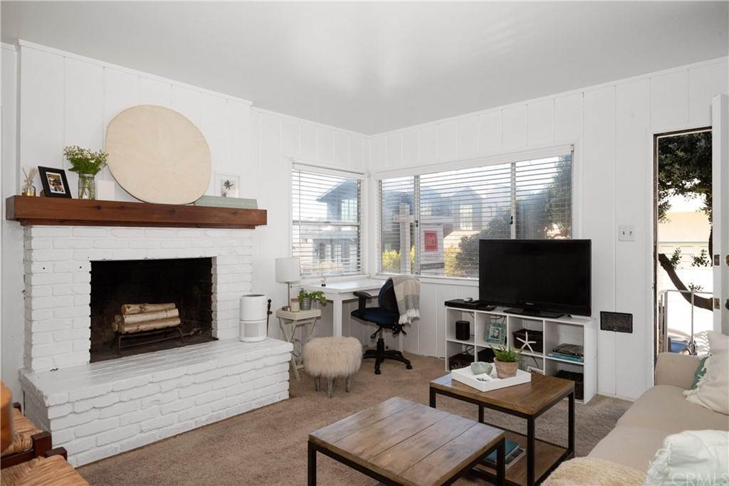 4. Residential Income for Sale at 138 30th Street Hermosa Beach, California,90254 United States