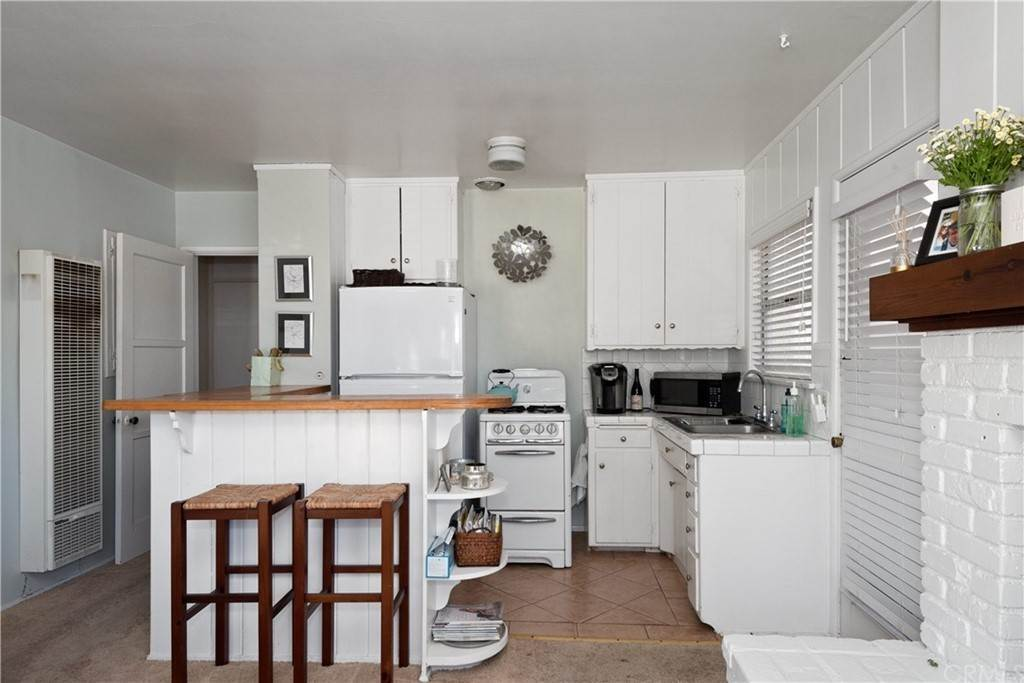 6. Residential Income for Sale at 138 30th Street Hermosa Beach, California,90254 United States