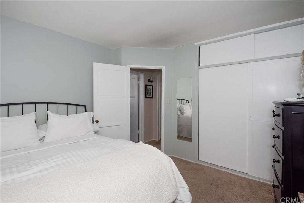 7. Residential Income for Sale at 138 30th Street Hermosa Beach, California,90254 United States