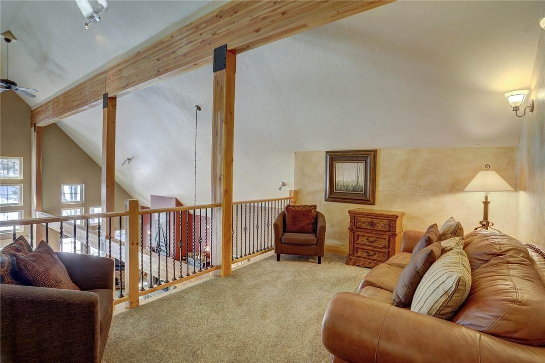 18. Single Family Home for Sale at 71 Sawmill Run Road Breckenridge, Colorado,80424 United States