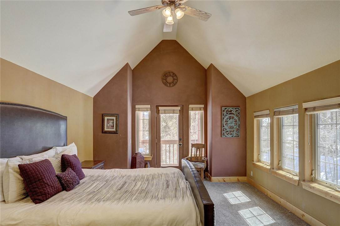 21. Single Family Home for Sale at 71 Sawmill Run Road Breckenridge, Colorado,80424 United States