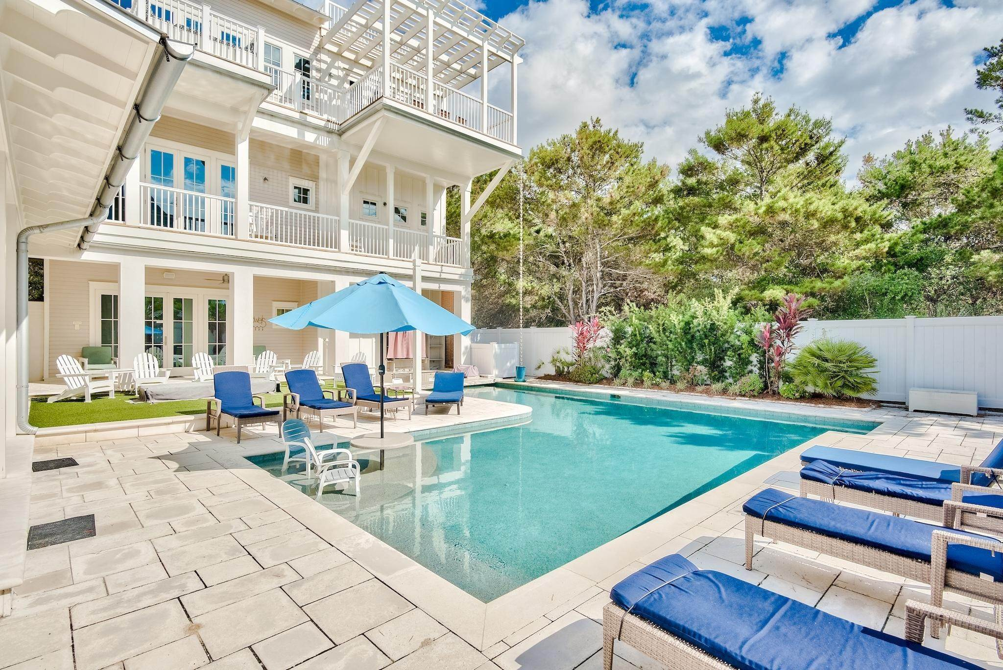 7. Single Family Home for Sale at 325 Walton Rose Lane Inlet Beach, Florida,32461 United States