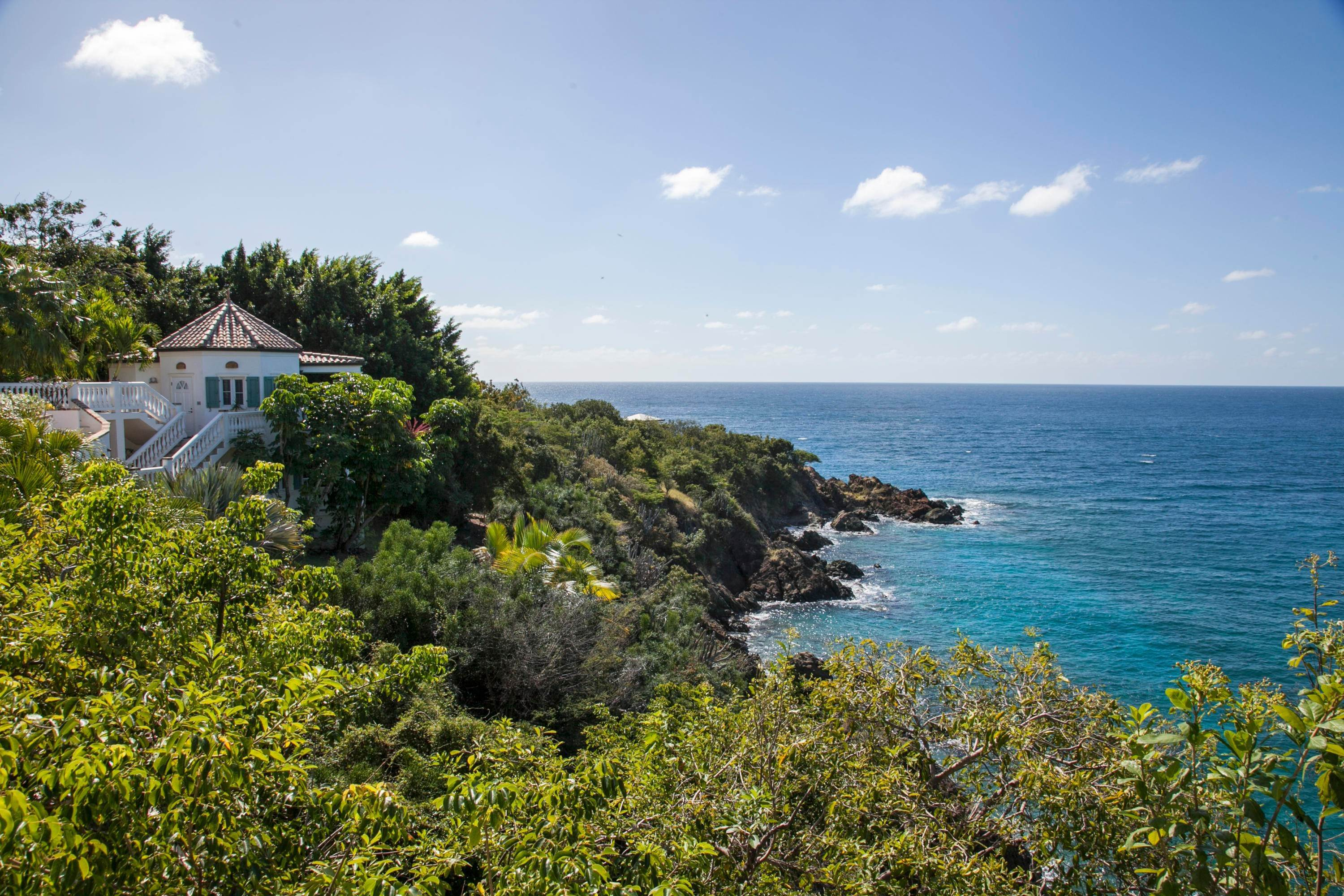 22. Single Family Home per Vendita alle ore 9-4 Con. Contant Cruz Bay St John, Virgin Islands,00830 Isole Vergini Americane