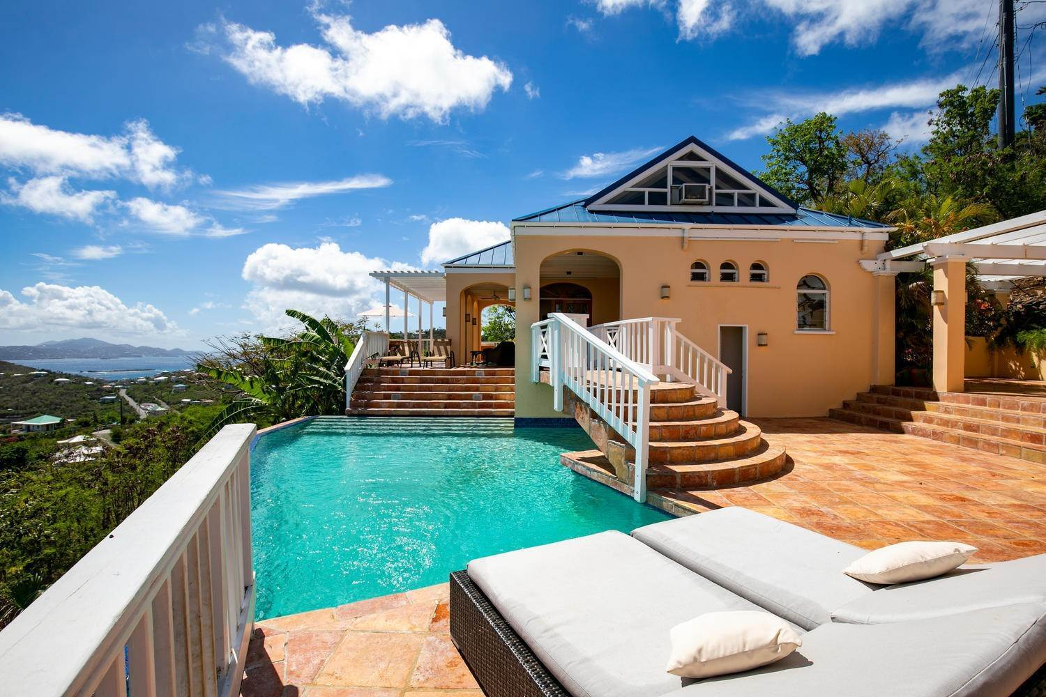 Single Family Home para Venda às 462 Chocolate Hole Cruz Bay St John, Virgin Islands,00830 U. S. Ilhas Virgens