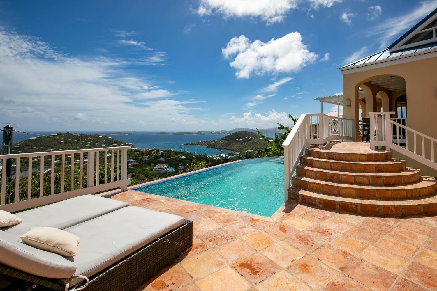 2. Single Family Home para Venda às 462 Chocolate Hole Cruz Bay St John, Virgin Islands,00830 U. S. Ilhas Virgens