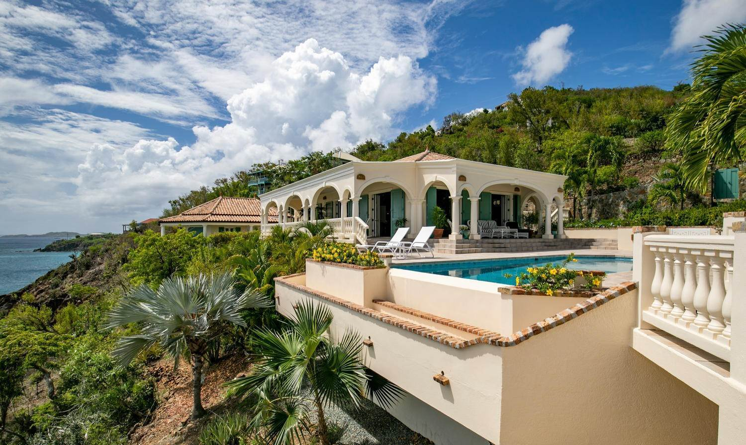21. Single Family Home per Vendita alle ore 9-4 Con. Contant Cruz Bay St John, Virgin Islands,00830 Isole Vergini Americane