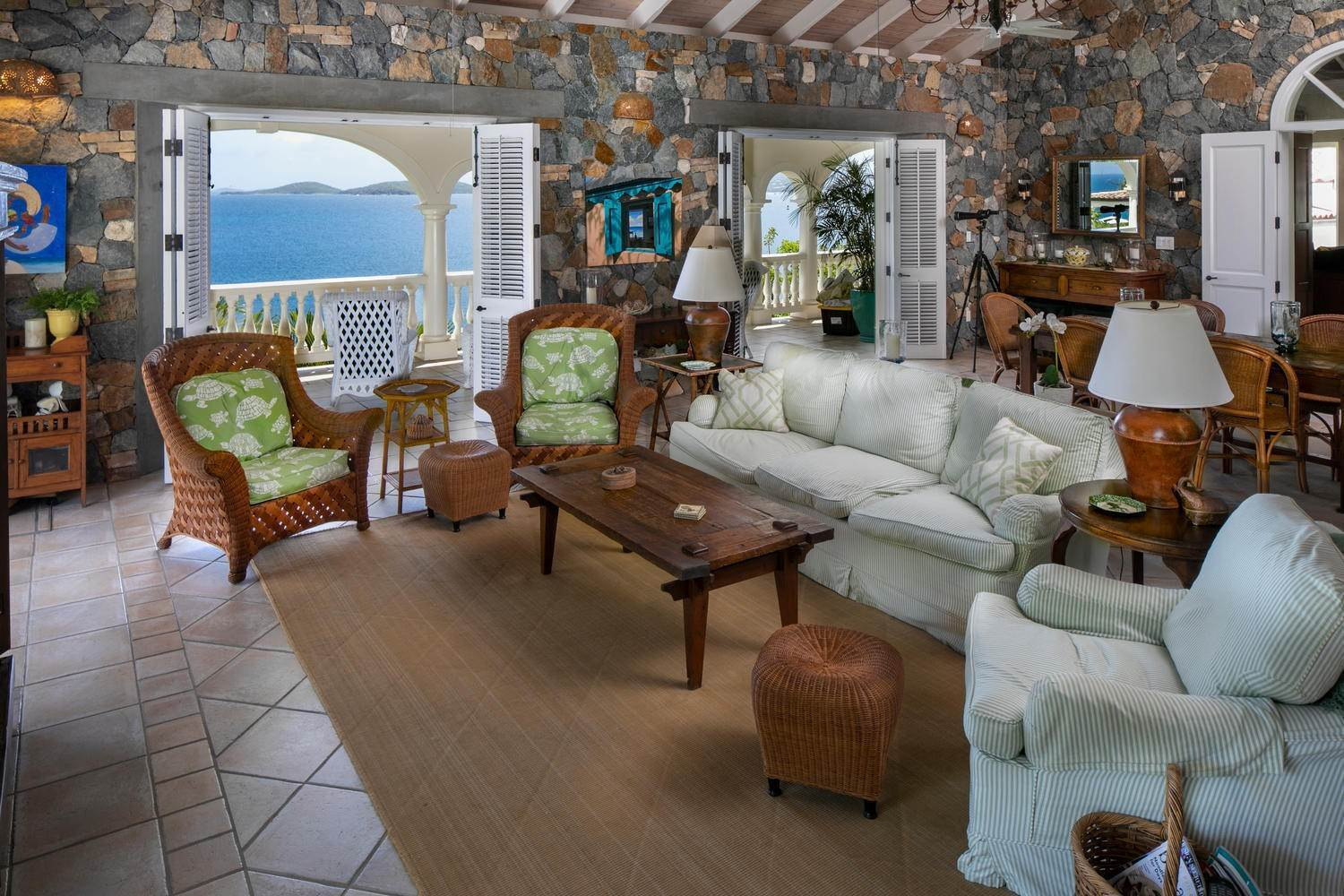 20. Single Family Home per Vendita alle ore 9-4 Con. Contant Cruz Bay St John, Virgin Islands,00830 Isole Vergini Americane