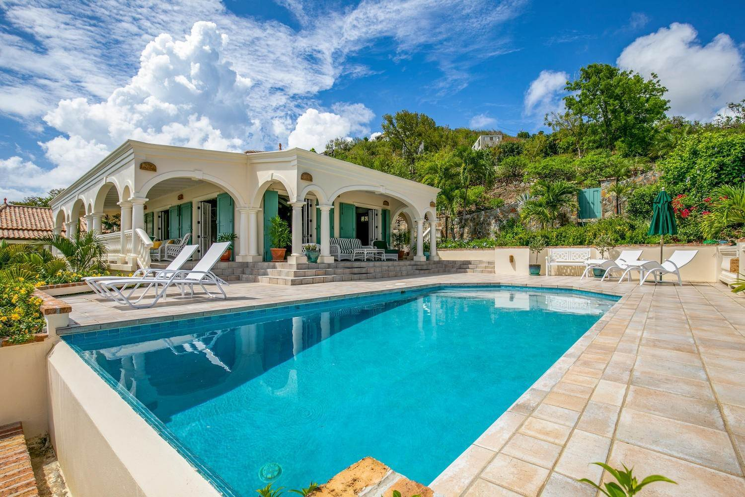 23. Single Family Home per Vendita alle ore 9-4 Con. Contant Cruz Bay St John, Virgin Islands,00830 Isole Vergini Americane