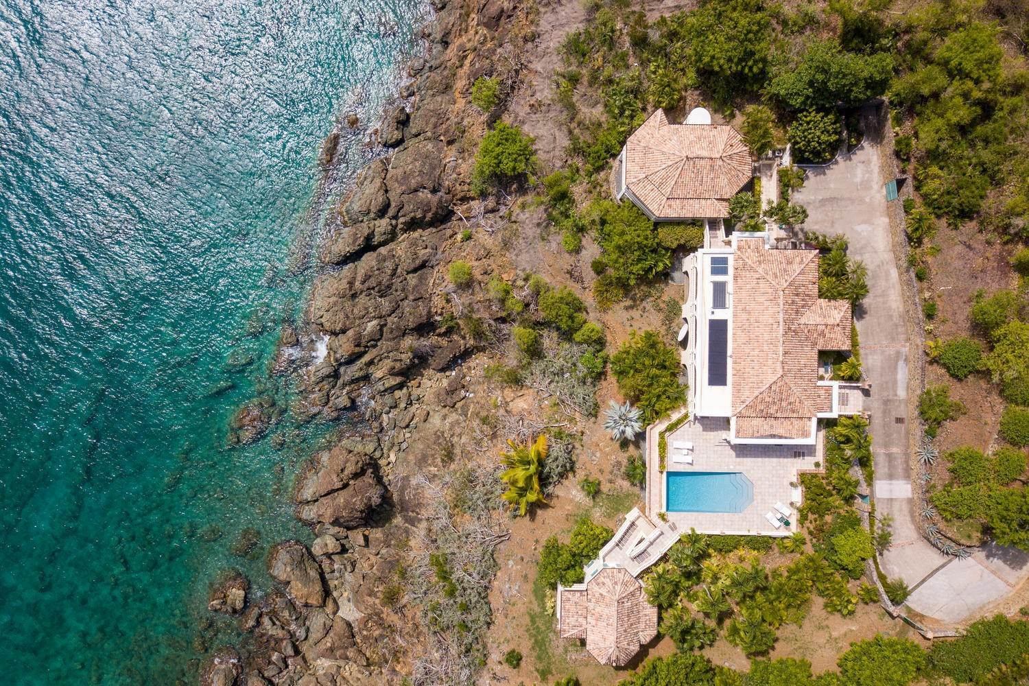 Single Family Home per Vendita alle ore 9-4 Con. Contant Cruz Bay St John, Virgin Islands,00830 Isole Vergini Americane