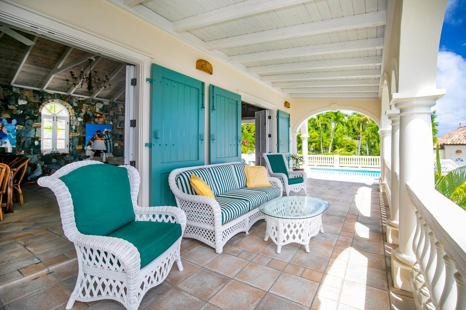 7. Single Family Home per Vendita alle ore 9-4 Con. Contant Cruz Bay St John, Virgin Islands,00830 Isole Vergini Americane