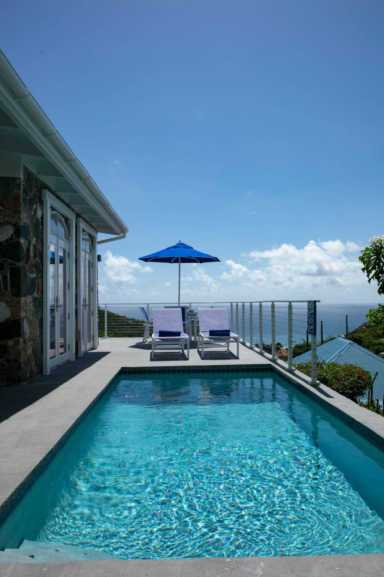 24. Single Family Home pour l à vendre à 211& 211 A Chocolate Hole Cruz Bay St John, Virgin Islands,00830 Isles Vierges Américaines