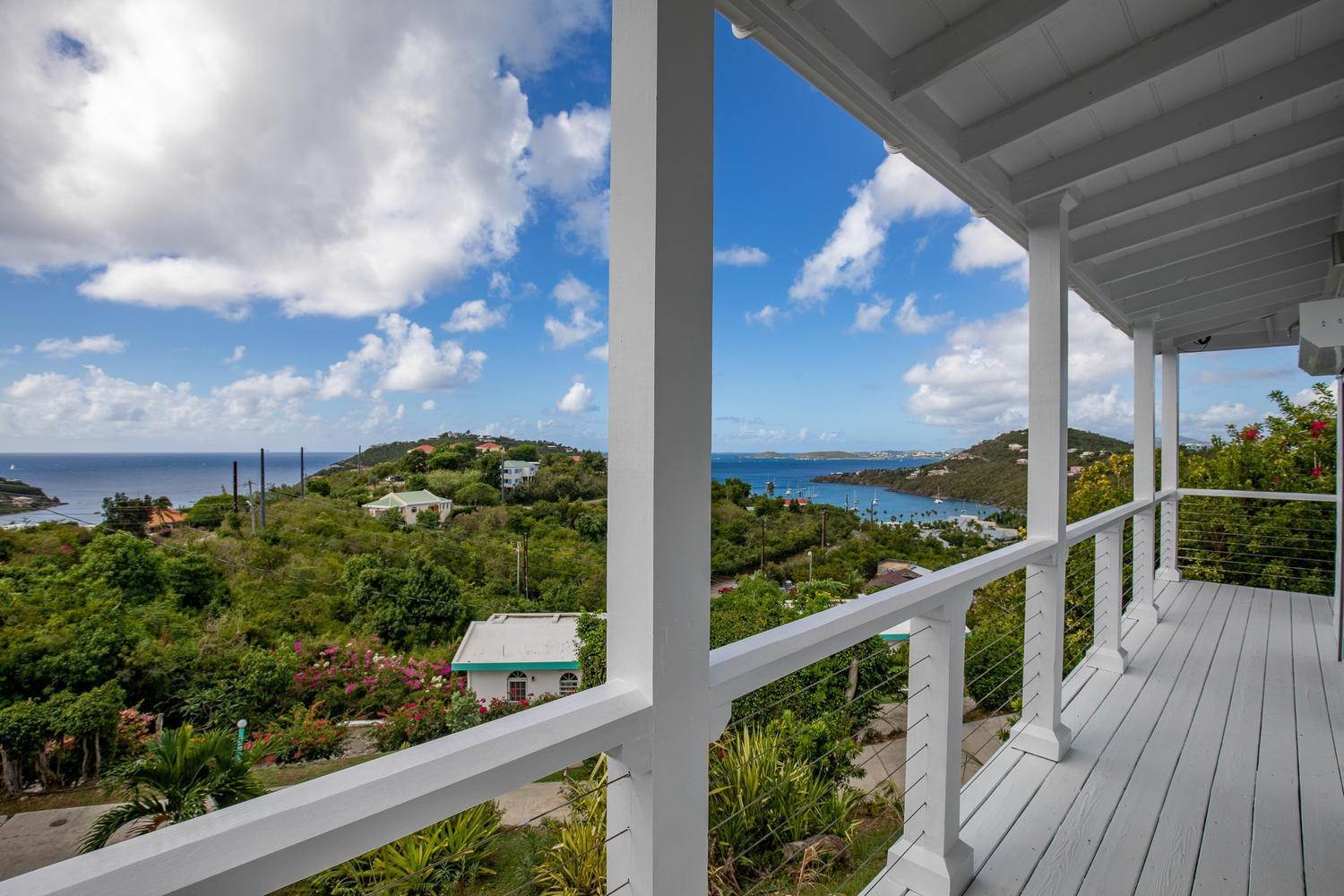 64. Single Family Home pour l à vendre à 211& 211 A Chocolate Hole Cruz Bay St John, Virgin Islands,00830 Isles Vierges Américaines