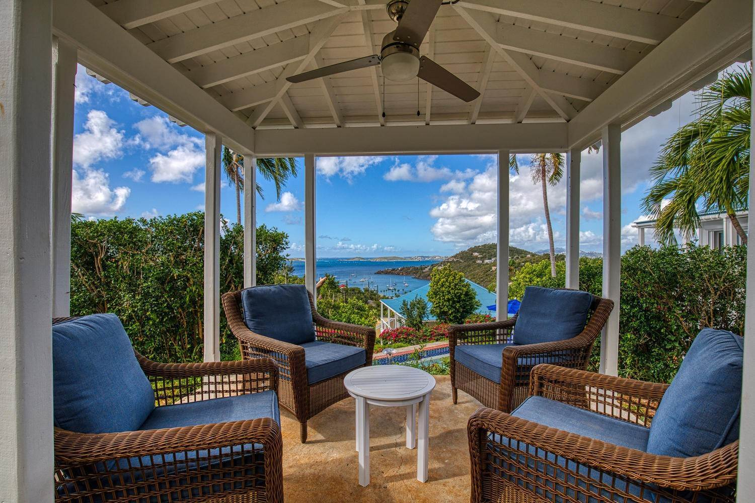2. Single Family Home pour l à vendre à 211& 211 A Chocolate Hole Cruz Bay St John, Virgin Islands,00830 Isles Vierges Américaines
