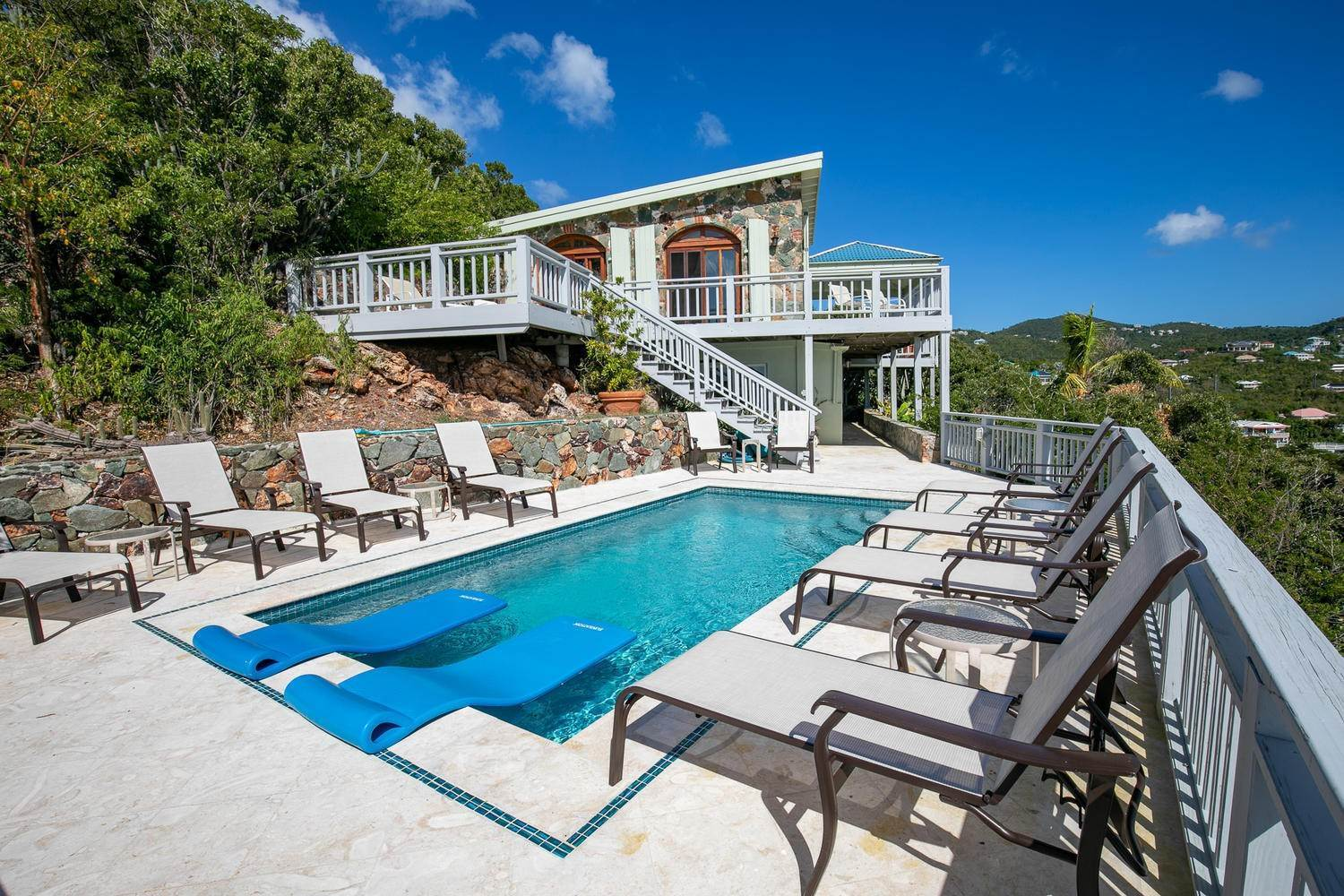 Single Family Home per Vendita alle ore 473 Chocolate Hole Cruz Bay St John, Virgin Islands,00830 Isole Vergini Americane