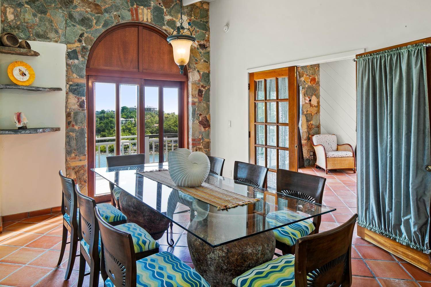 11. Single Family Home per Vendita alle ore 473 Chocolate Hole Cruz Bay St John, Virgin Islands,00830 Isole Vergini Americane