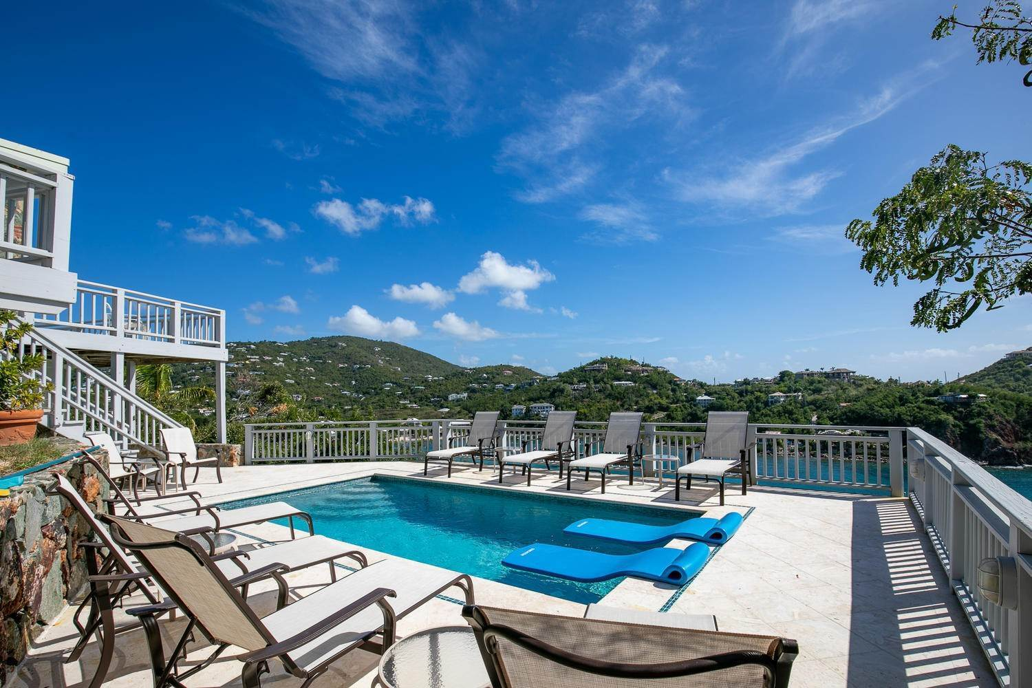 19. Single Family Home per Vendita alle ore 473 Chocolate Hole Cruz Bay St John, Virgin Islands,00830 Isole Vergini Americane