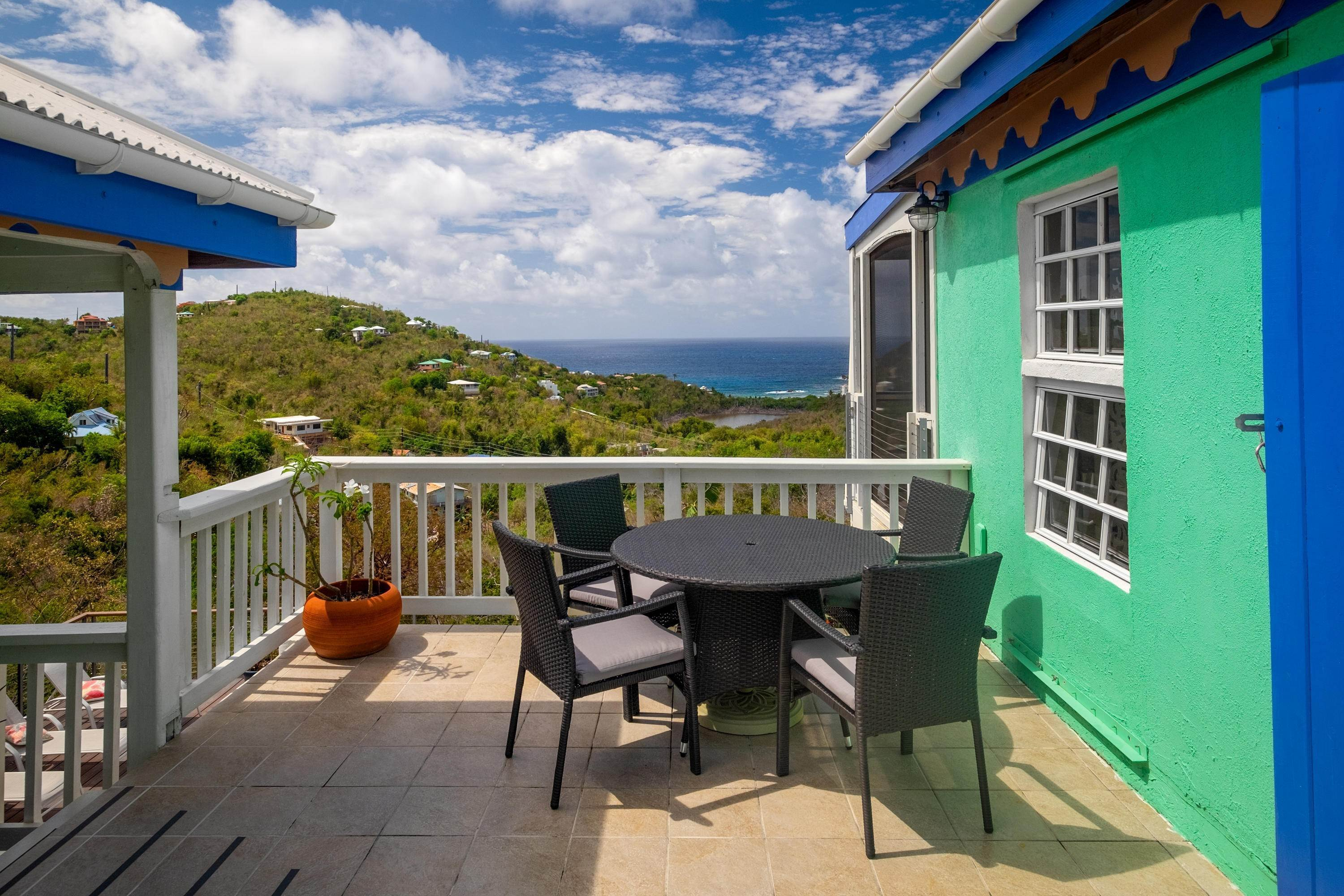 17. Single Family Home por un Venta en 403 Chocolate Hole Cruz Bay St John, Virgin Islands,00830 Islas Virgenes Ee.Uu.