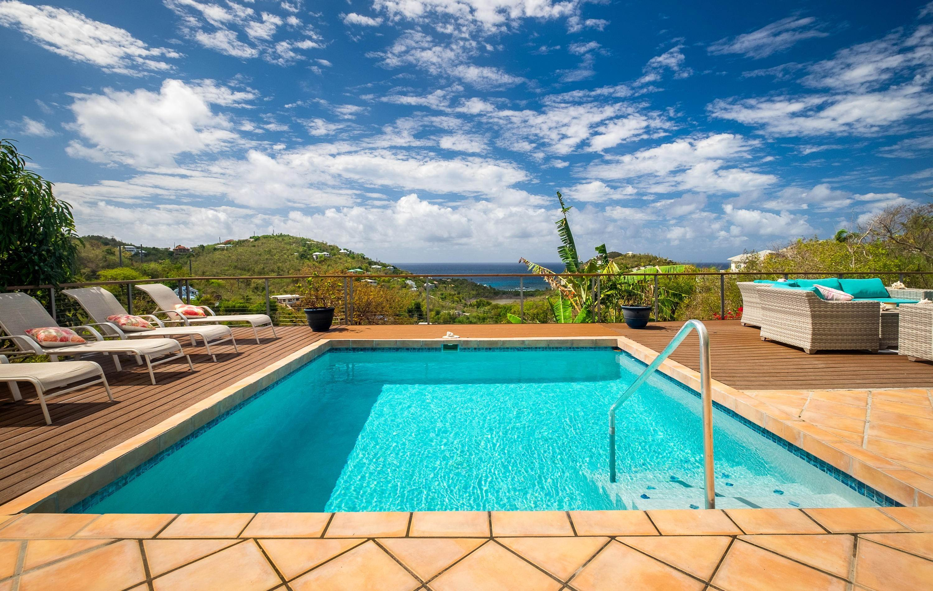 2. Single Family Home por un Venta en 403 Chocolate Hole Cruz Bay St John, Virgin Islands,00830 Islas Virgenes Ee.Uu.