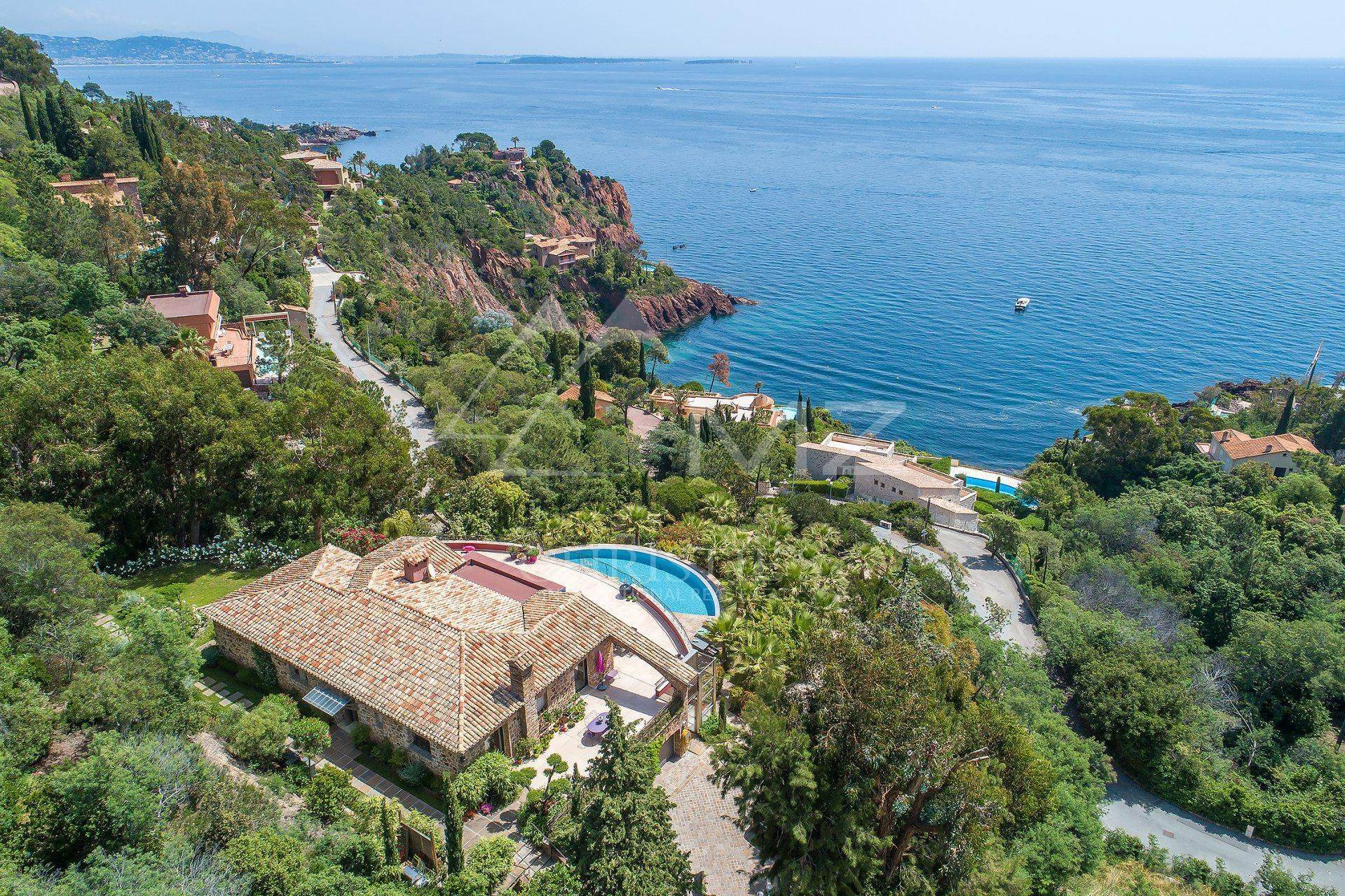 Villa/Townhouse for Sale at Close to Cannes - Modern villa Theoule sur Mer, Alpes-Maritimes,06590 France