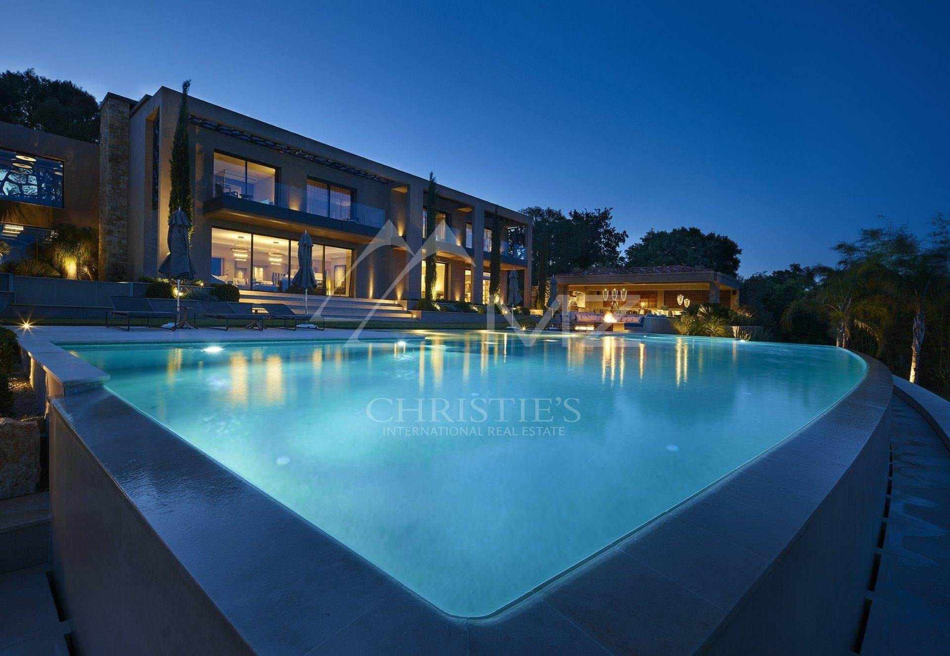 Villa/Townhouse for Sale at Mougins - Stunning property Mougins, Alpes-Maritimes,06250 France