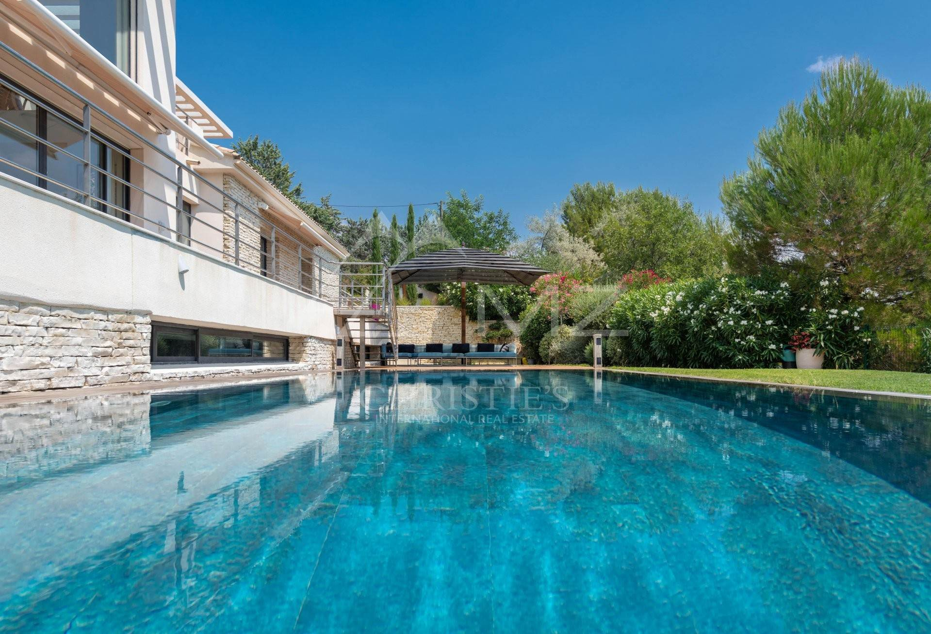 別荘 / タウンハウス at Close to Aix-en-Provence - Beautiful contemporary villa Aix-en-Provence, Bouches-du-Rhône,13090 フランス