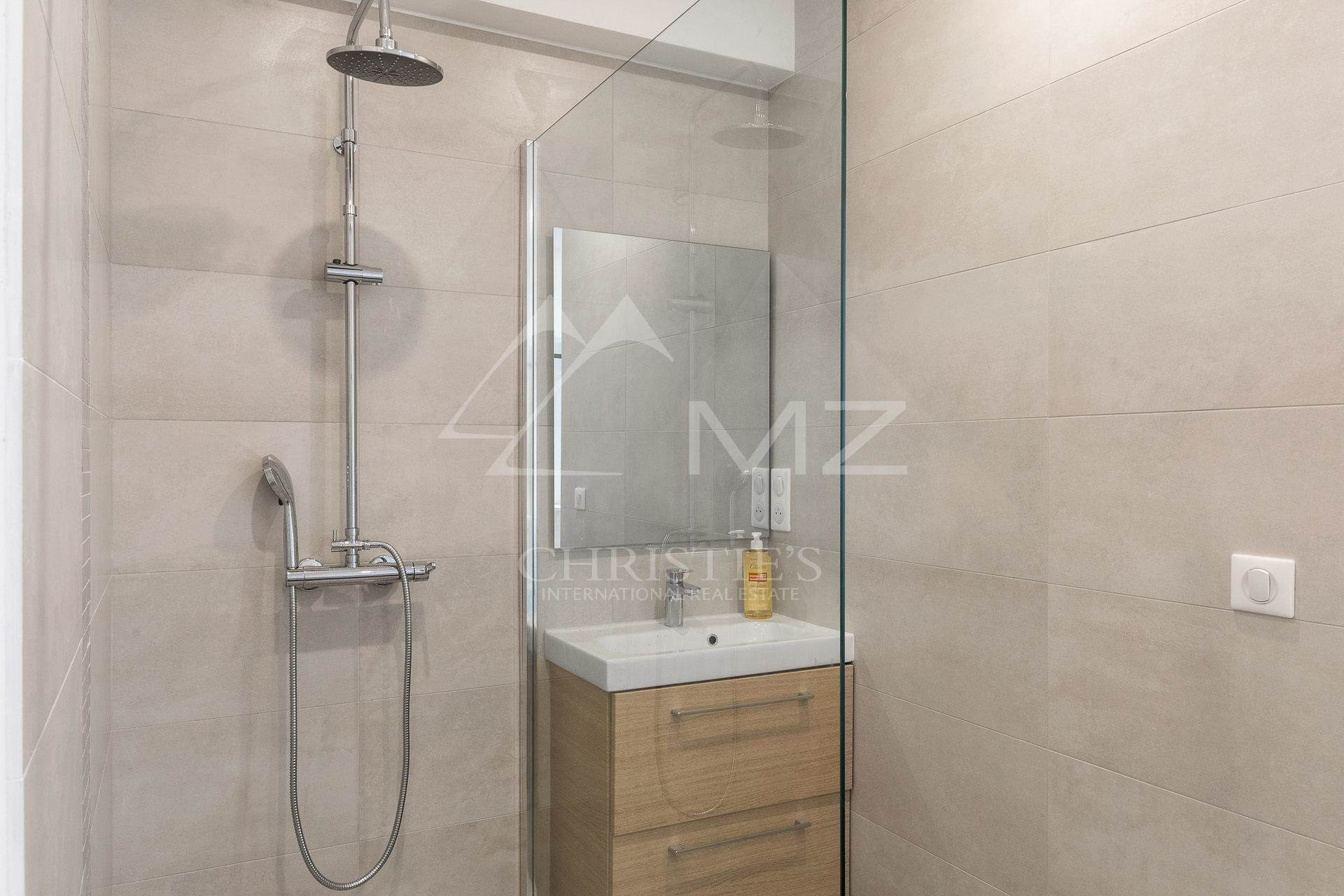 7. 公寓 為 出售 在 Cannes Center - Beautiful completely renovated apartment Cannes, 海濱阿爾卑斯省,06400 法國
