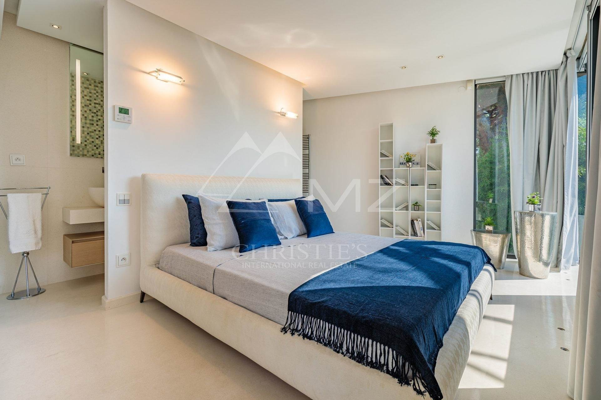 8. Villa/Townhouse for Sale at Pampelonne - Contemporary villa close to the Club 55 Ramatuelle, Var,83350 France