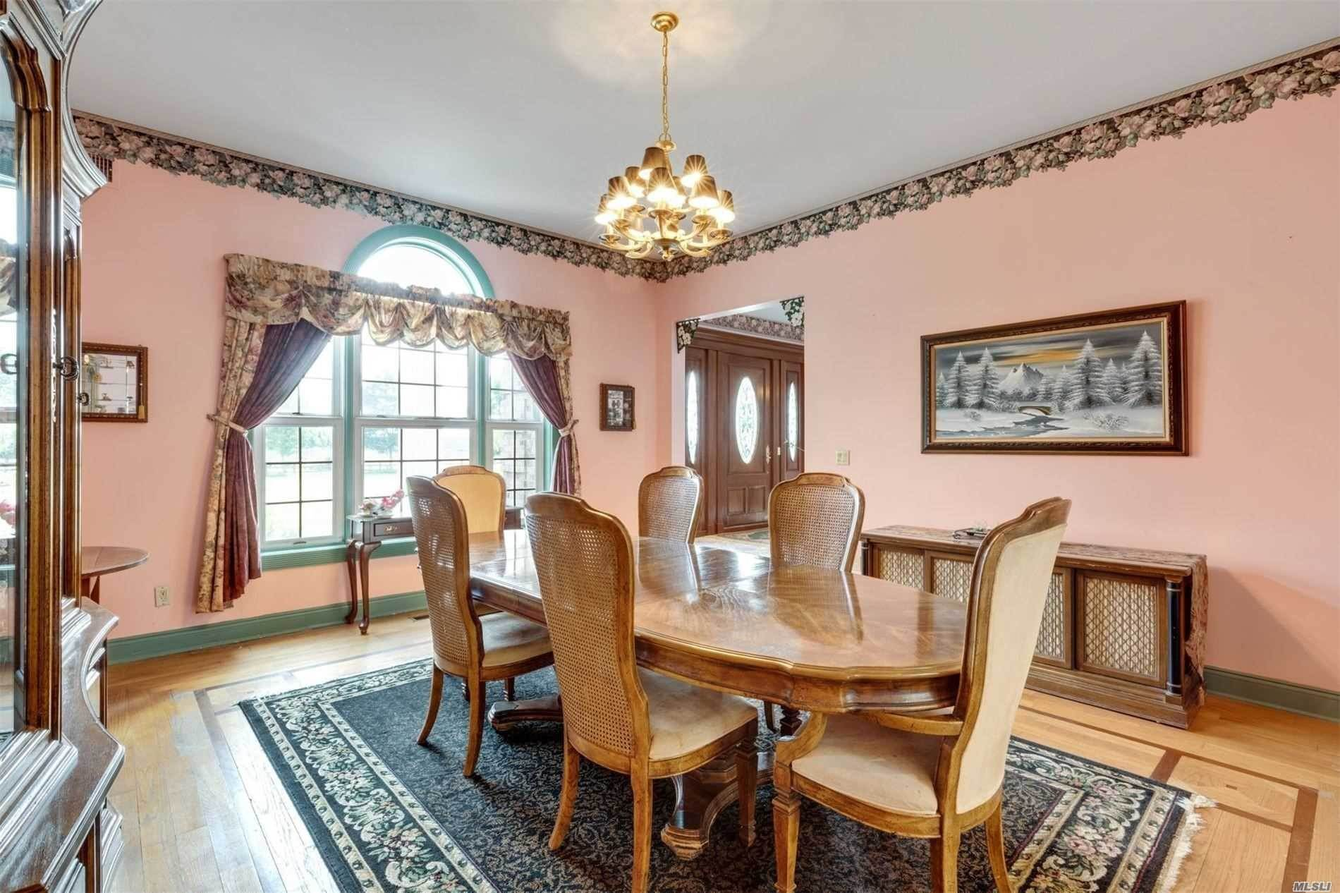 11. Single Family Home for Sale at Manorville,NY,United States Manorville, New York,11949 United States
