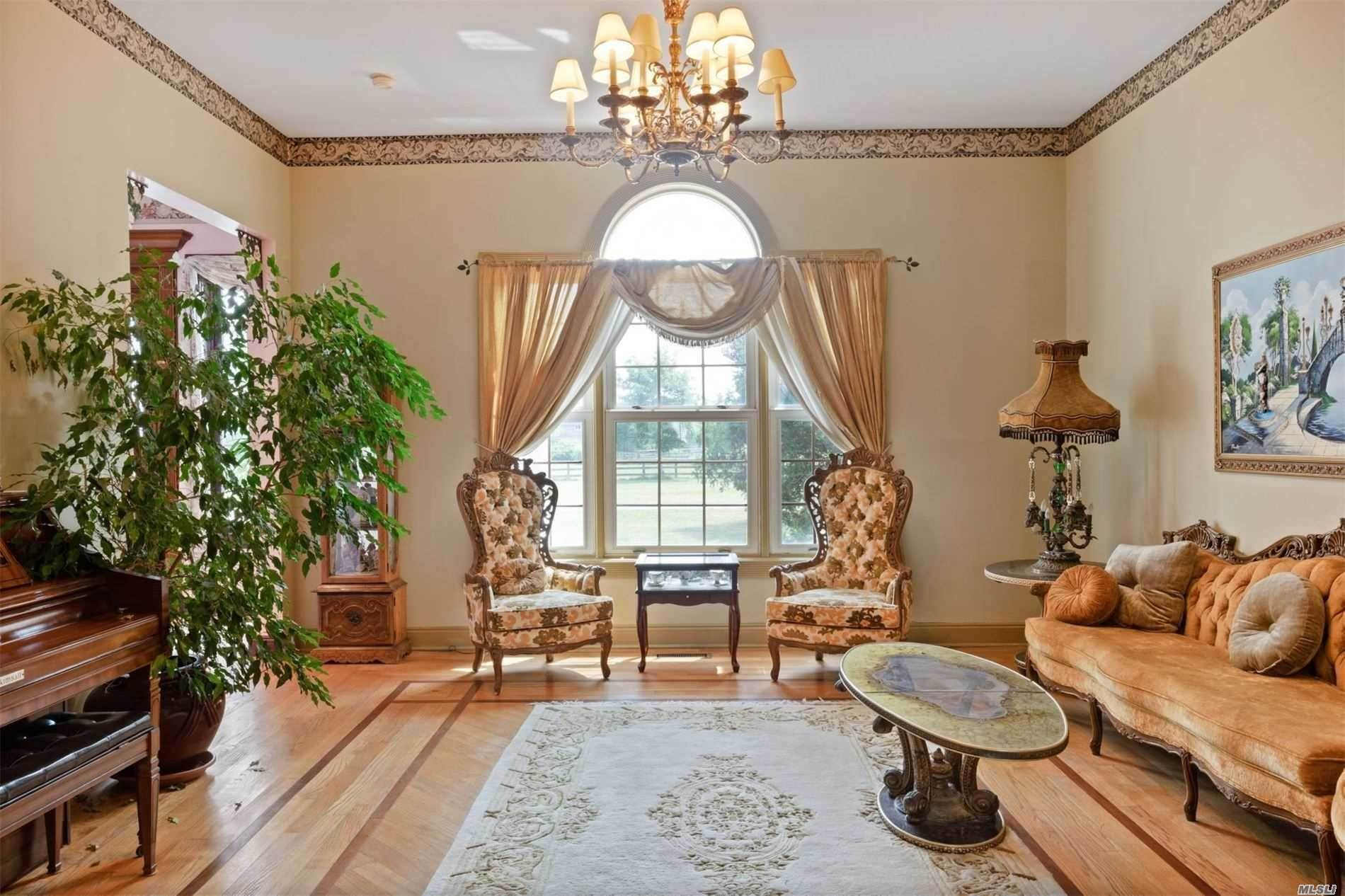8. Single Family Home for Sale at Manorville,NY,United States Manorville, New York,11949 United States