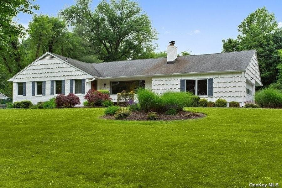 Single Family Home のために 売買 アット Huntington,NY,United States Huntington, ニューヨーク,11743 アメリカ
