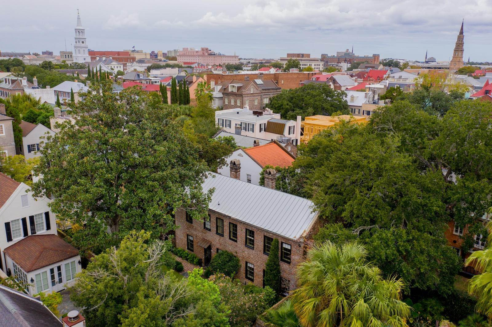 32. Single Family Home por un Venta en 10 Bedons Alley Charleston, Carolina del Sur,29401 Estados Unidos