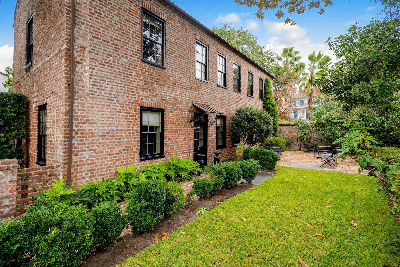 Single Family Home por un Venta en 10 Bedons Alley Charleston, Carolina del Sur,29401 Estados Unidos