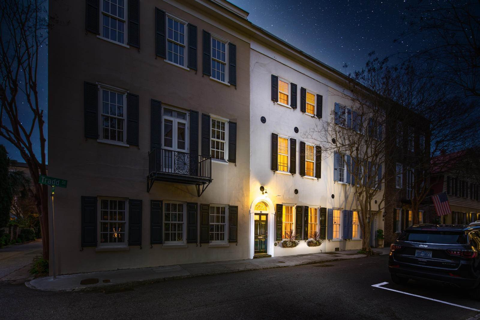 30. Villa/Townhouse for Sale at 16 Tradd Street Charleston, South Carolina,29401 United States