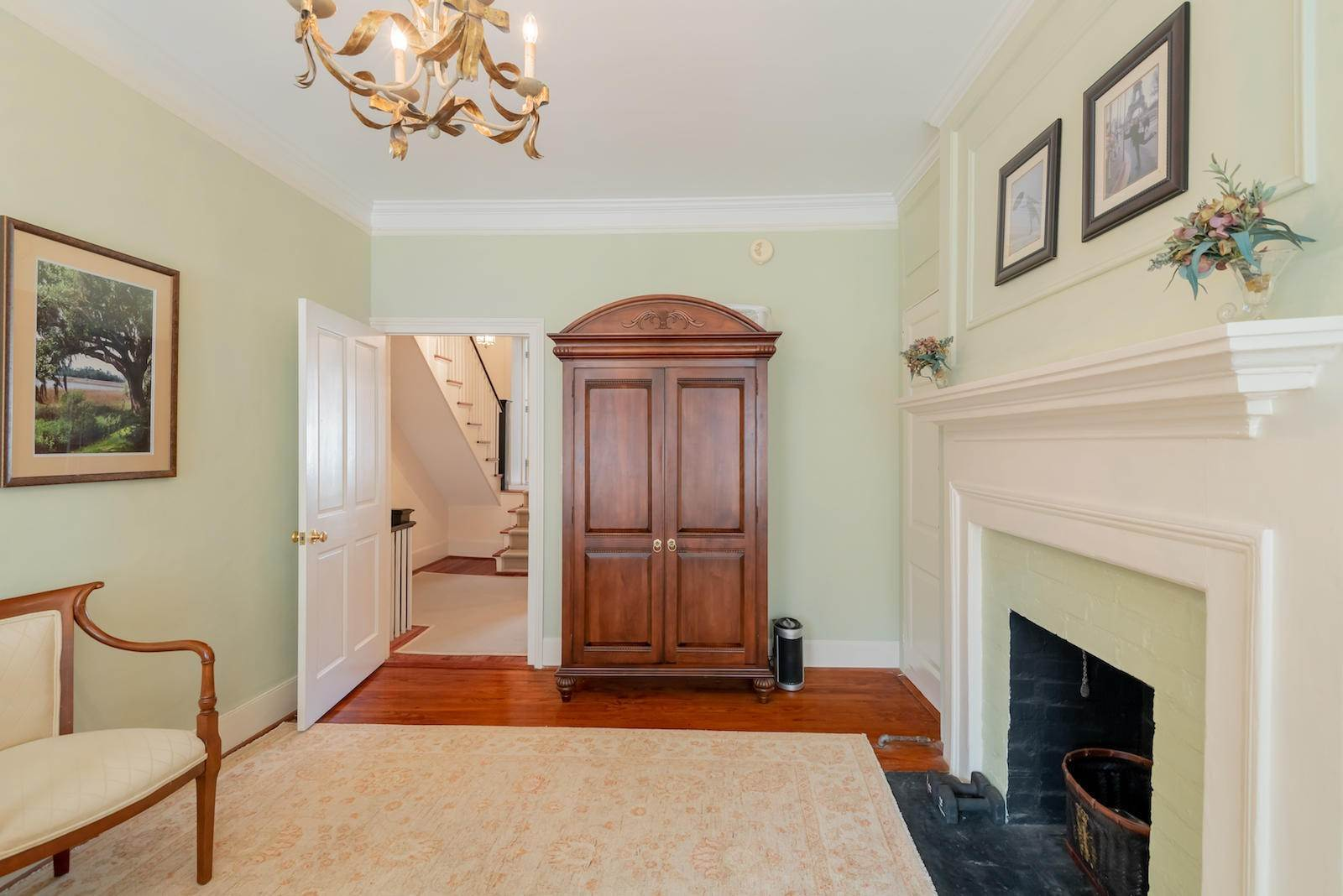 15. Villa/Townhouse for Sale at 16 Tradd Street Charleston, South Carolina,29401 United States