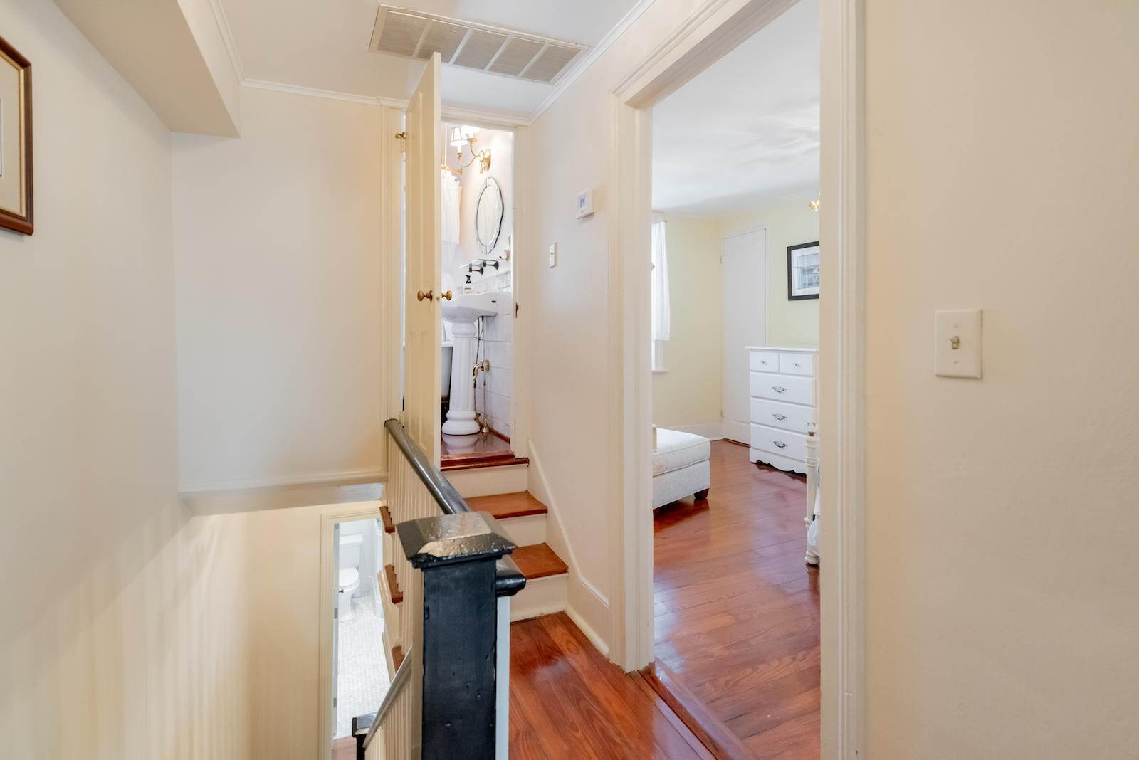 19. Villa/Townhouse for Sale at 16 Tradd Street Charleston, South Carolina,29401 United States