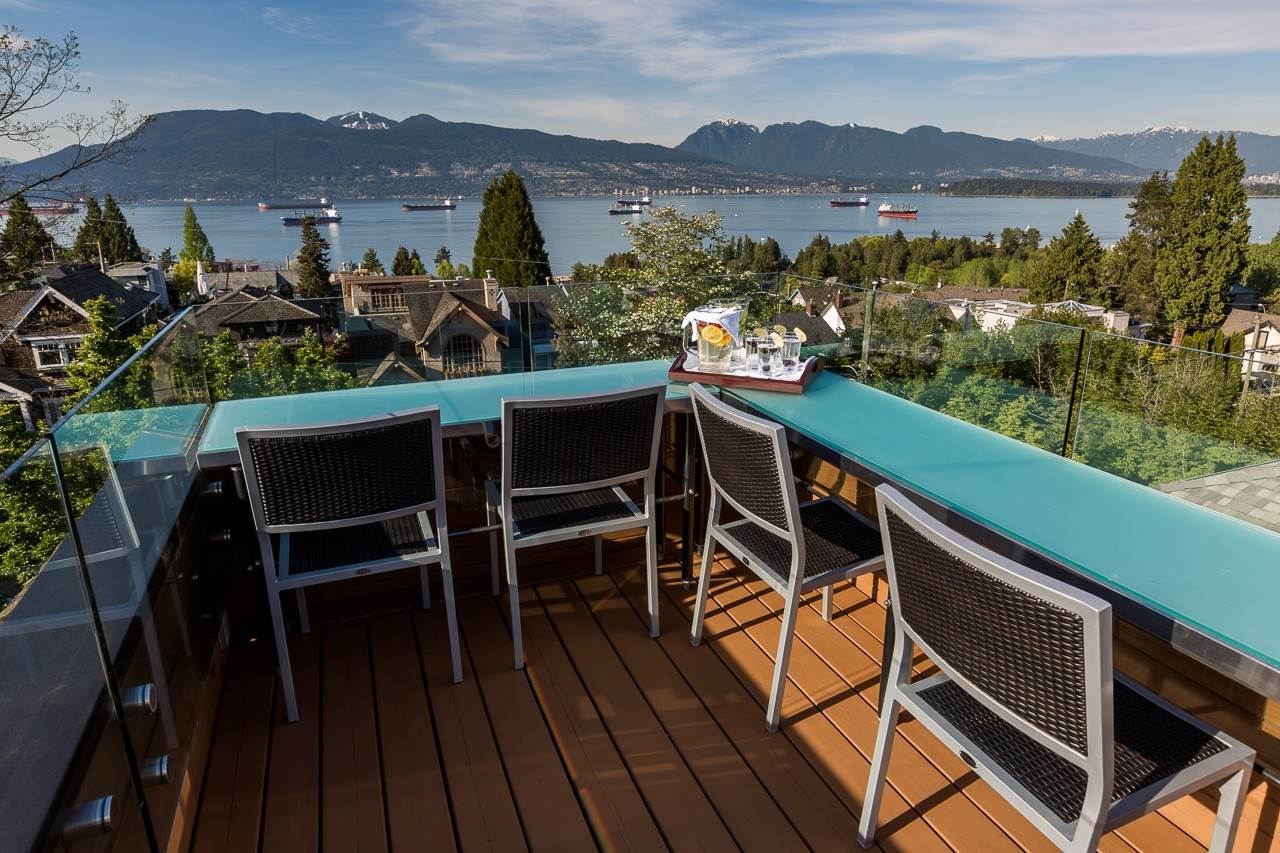 Single Family Home for Sale at Vancouver, British Columbia,Canada