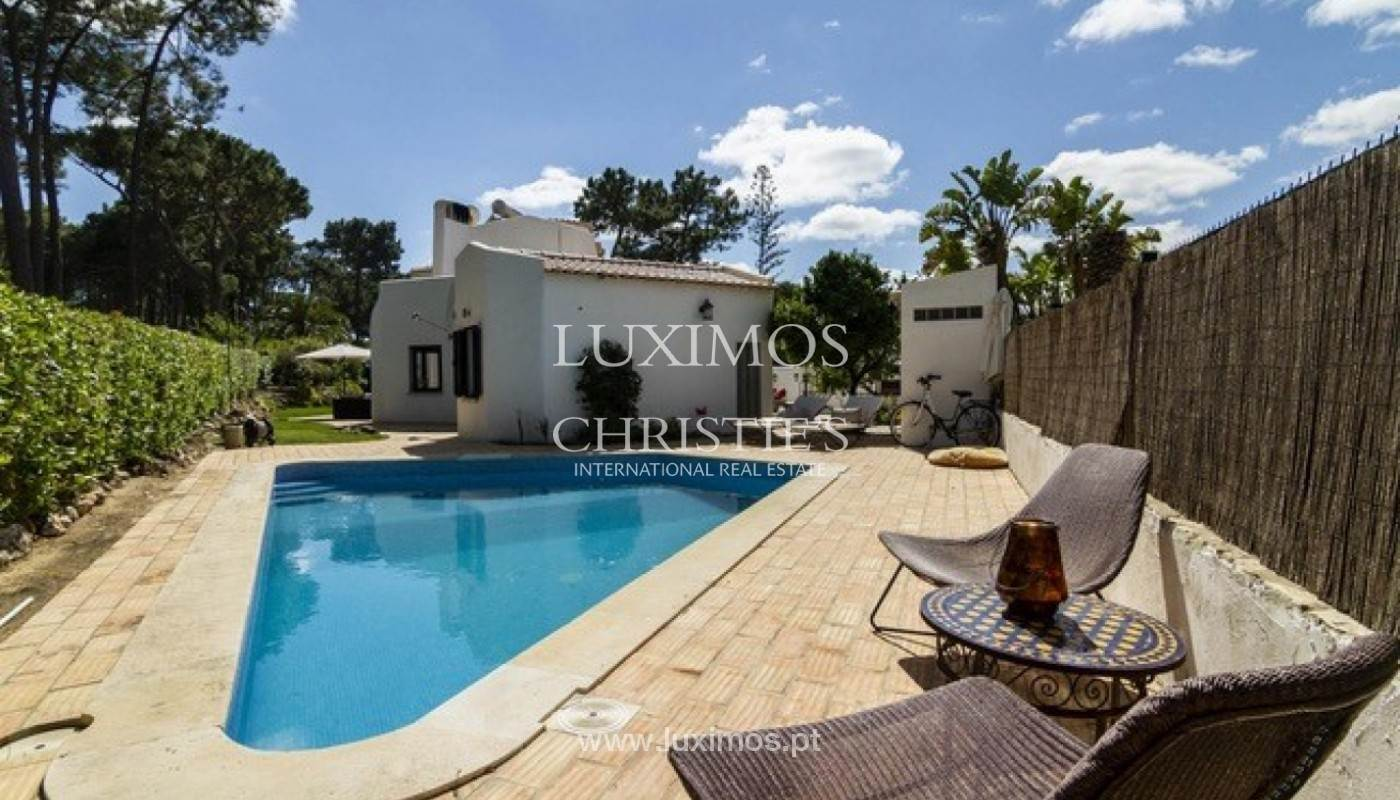 5. Виллы / Таунхаусы для того Продажа на Sale of villa with pool golf front in Vilamoura, Algarve, Portugal Loule, Algarve,8125-404 Португалия