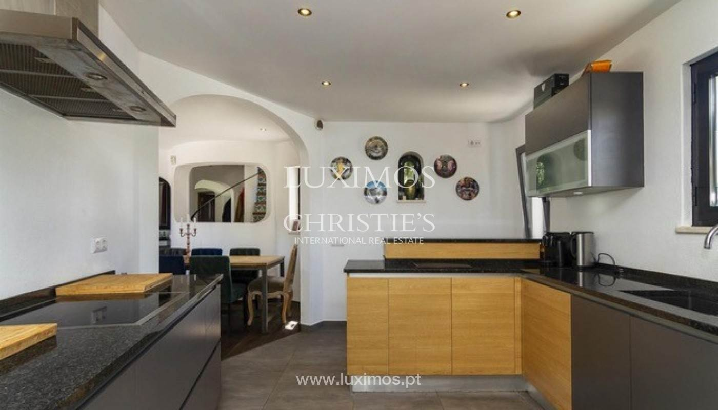 9. Виллы / Таунхаусы для того Продажа на Sale of villa with pool golf front in Vilamoura, Algarve, Portugal Loule, Algarve,8125-404 Португалия