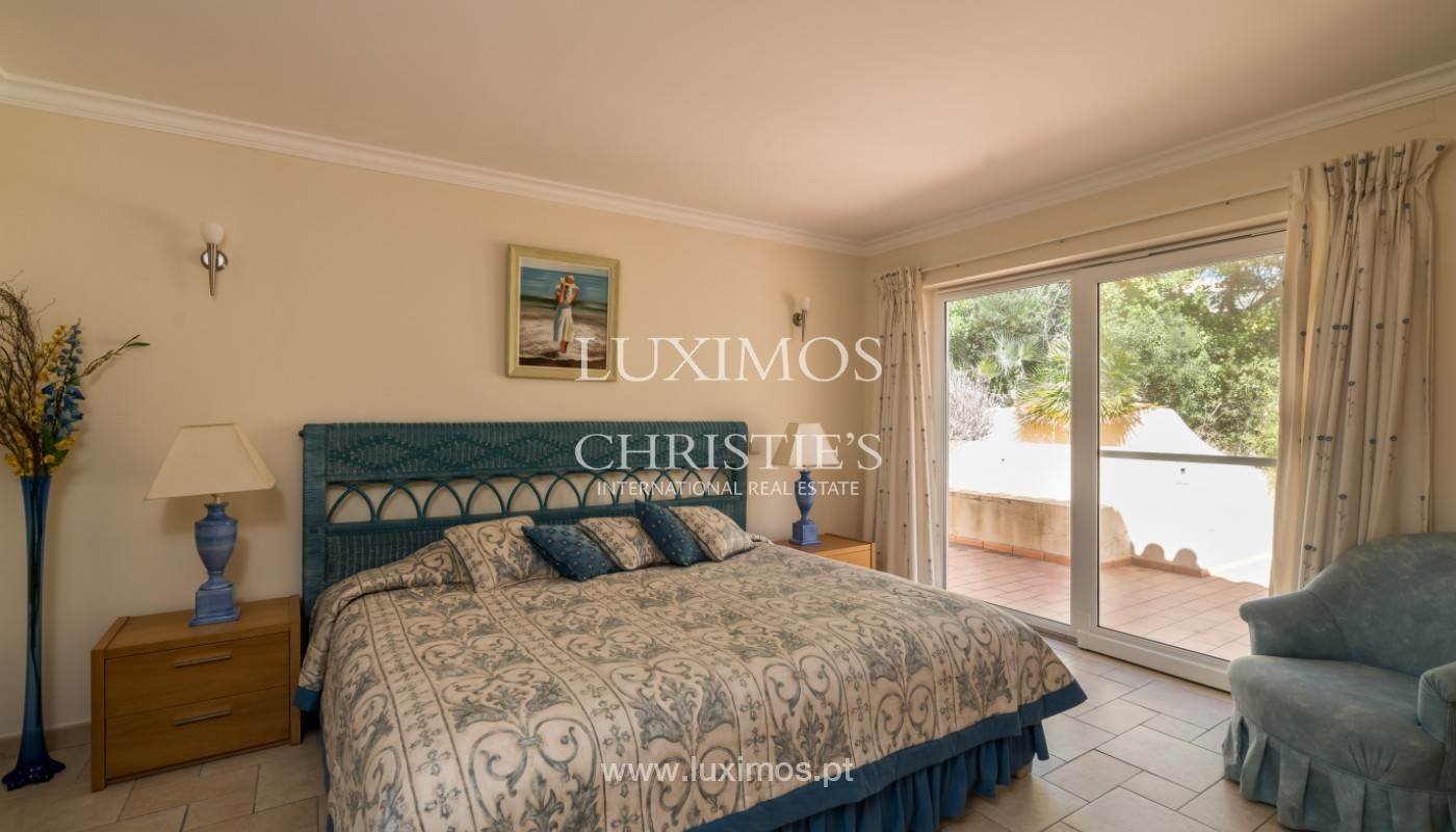 20. Ville / Villette per Vendita alle ore Villa with 4 Bedrooms and sea view, Santa Barbara de Nexe, Algarve Faro, Algarve,8005-487 Portogallo