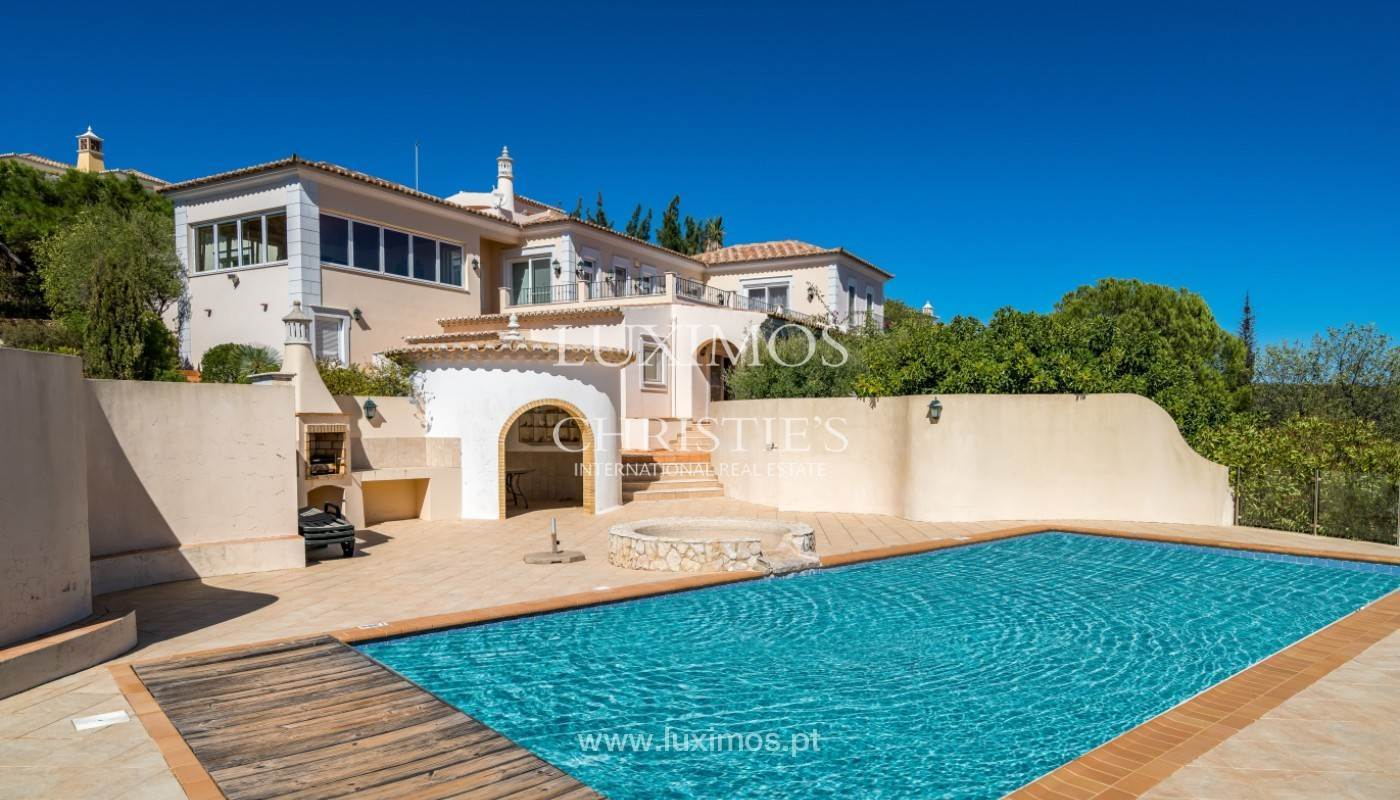 Ville / Villette per Vendita alle ore Villa with 4 Bedrooms and sea view, Santa Barbara de Nexe, Algarve Faro, Algarve,8005-487 Portogallo