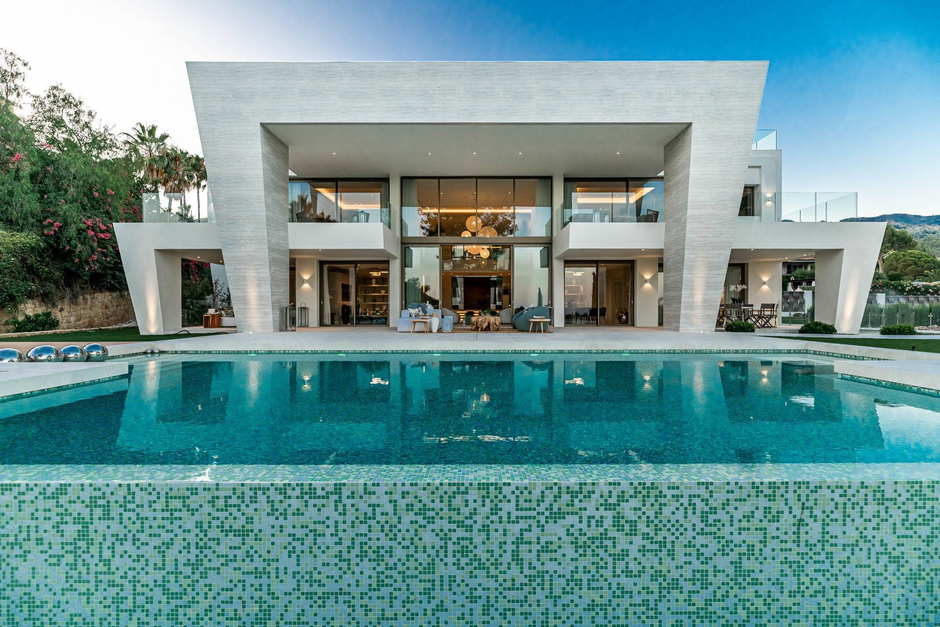 Single Family Home for Sale at Superb Villa in the Golden Mille of Marbella Marbella, Malaga,29600 Spain
