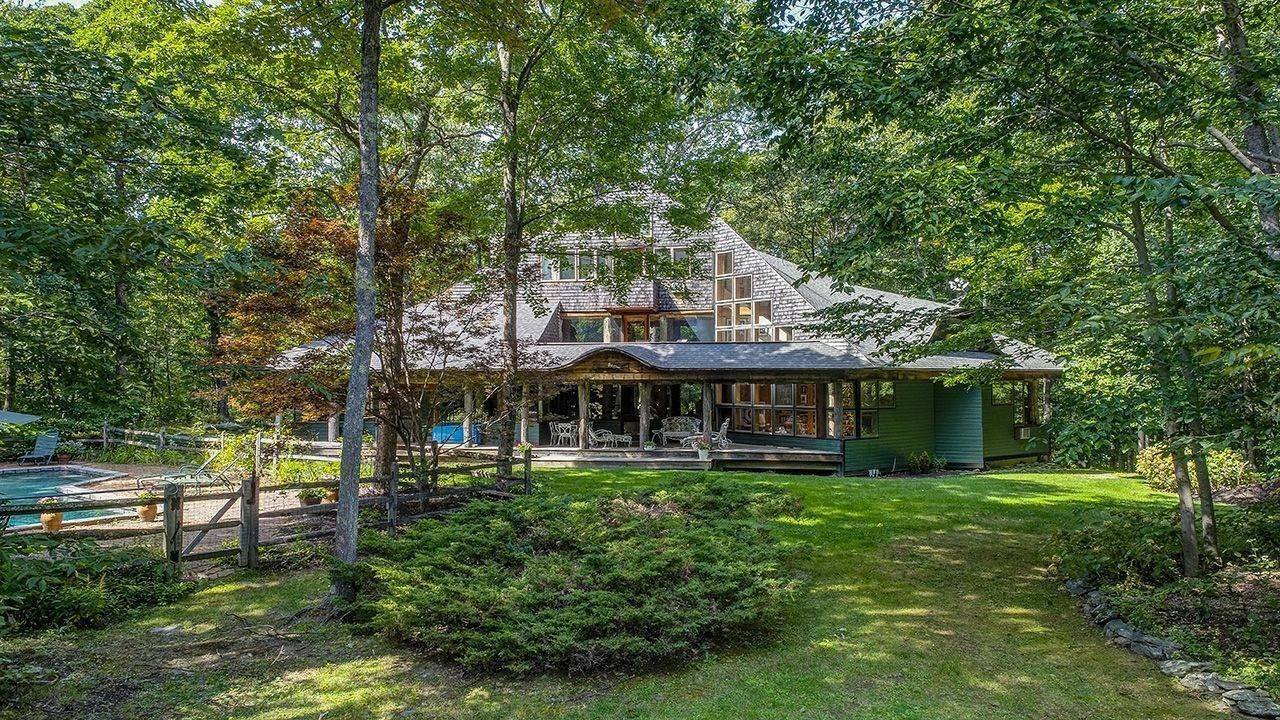 14. Single Family Home für Verkauf beim The Treehouse 720 West Road Richmond, Massachusetts,01254 Vereinigte Staaten