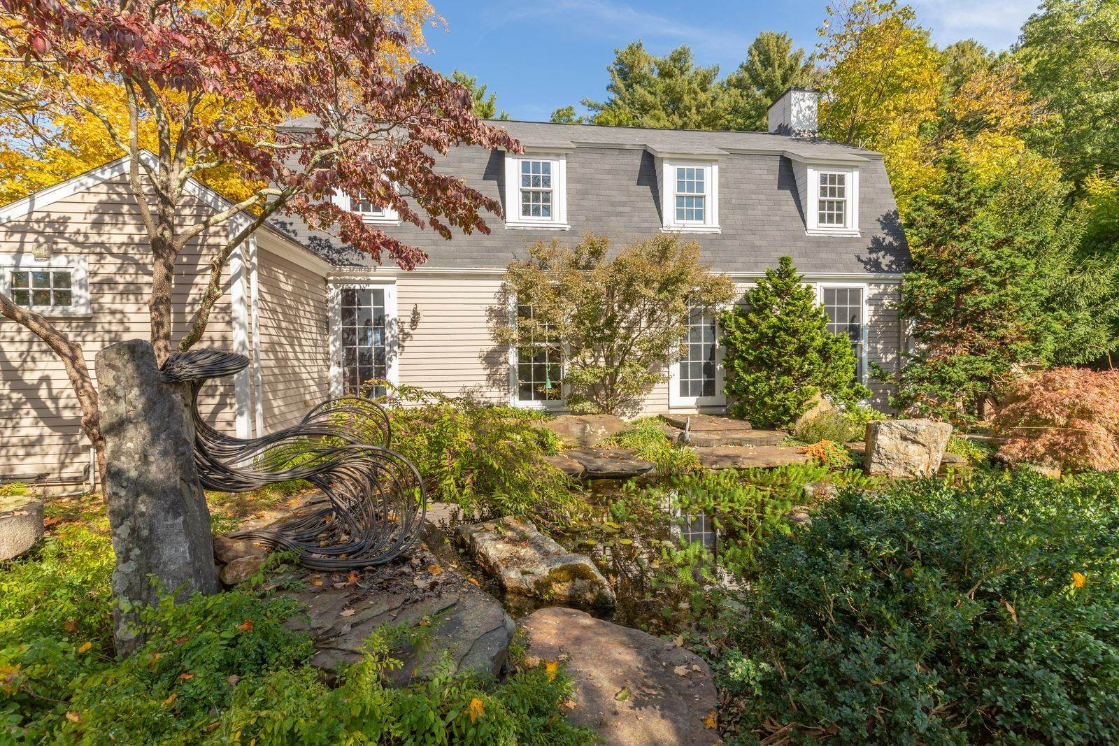 12. Single Family Home for Sale at Westwoods 590 Gay Street Westwood, Massachusetts,02090 United States