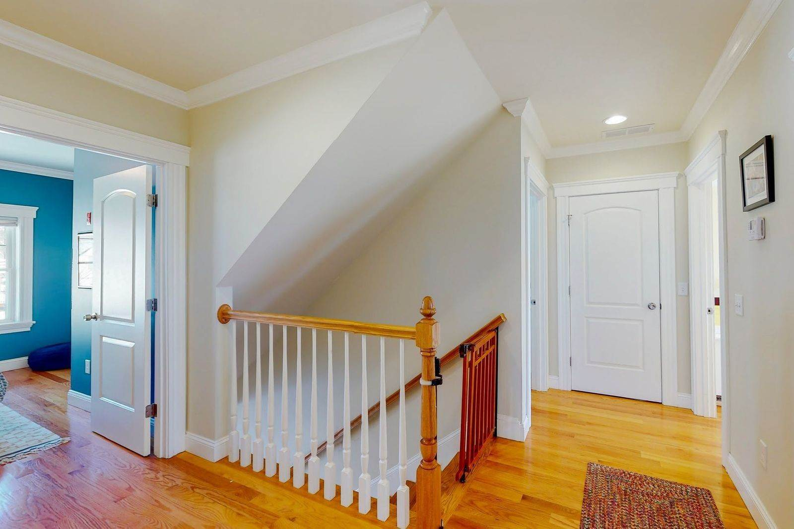 21. Single Family Home for Sale at 109 Waverley Street 109 Waverley St Belmont, Massachusetts,02478 United States