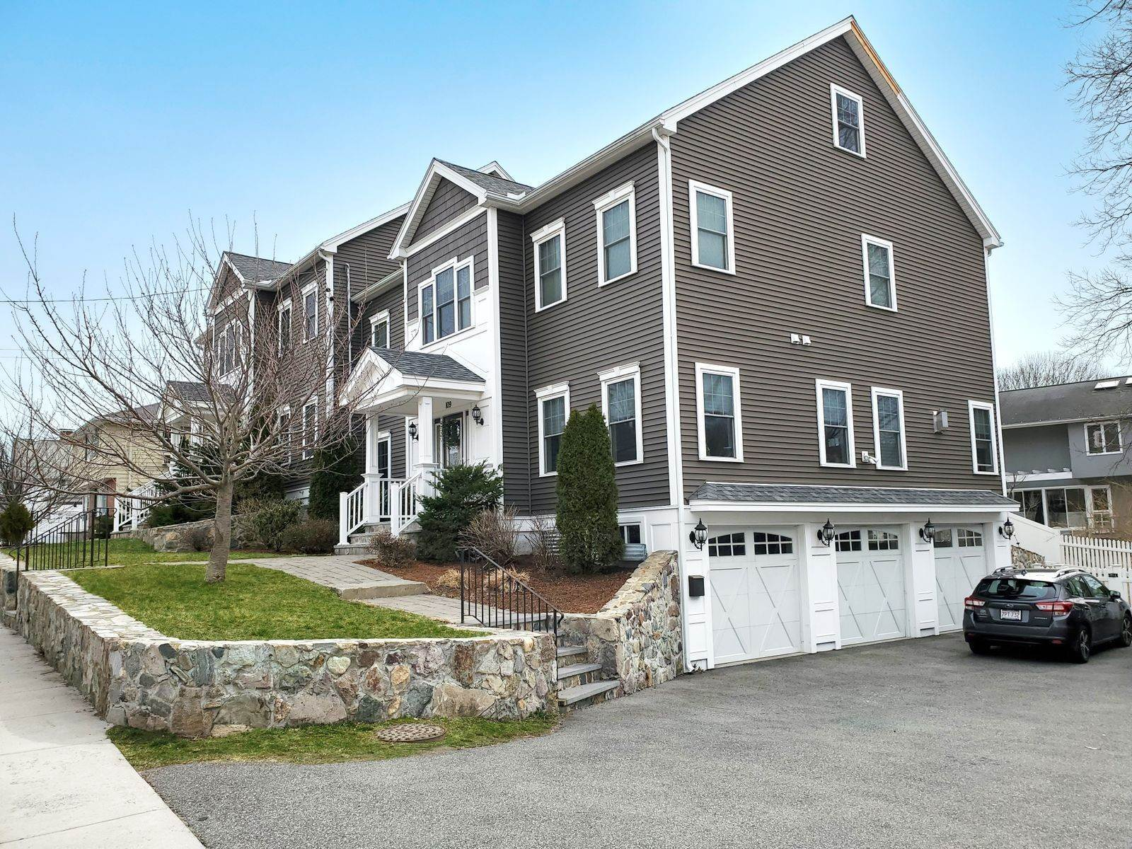 44. Single Family Home for Sale at 109 Waverley Street 109 Waverley St Belmont, Massachusetts,02478 United States